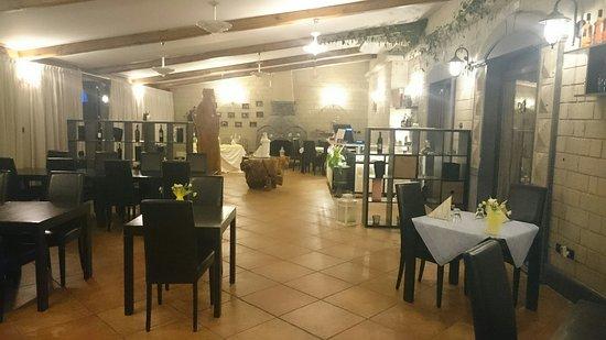 San Giuseppe Vesuviano, Italie : Interno sala