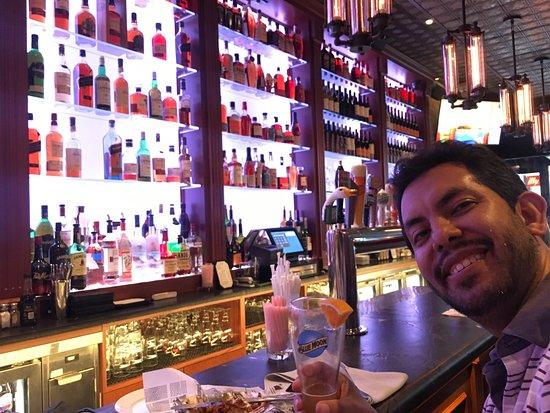 Annie Moore's Bar & Restaurant: photo0.jpg