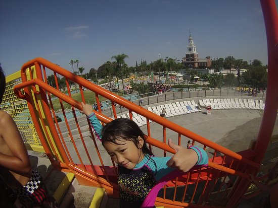 Buena Park, Kaliforniya: My eldest on slide!