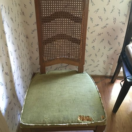 Athelstane, WI: chair in the cabin