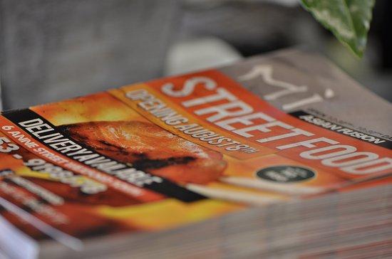Mi asian street food: Flyers