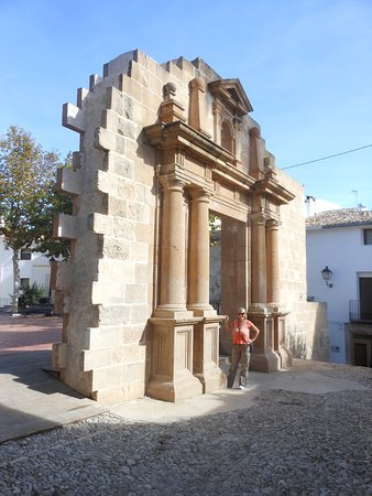 Vella Church Plaza