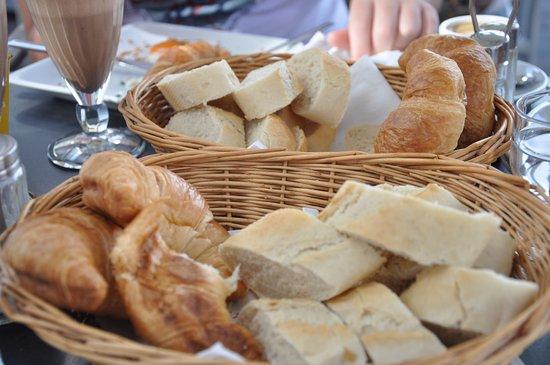Das Cafe am Dom: Breads