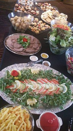 Gilpin Bridge Inn, Levens: Buffet food