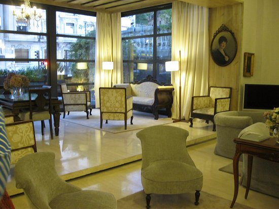 Hotel Niza: maravillosa decoración llevándote a otro siglo