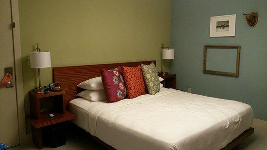 El Paseo Hotel: IMG-20160804-WA0000_large.jpg