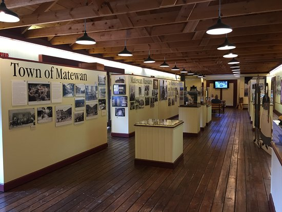 Detailed exhibits on the local Matewan history