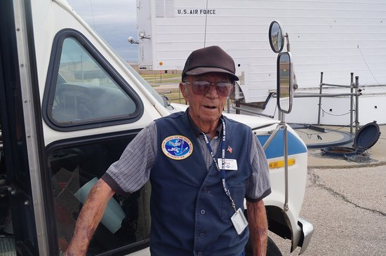 Piedmont, SD: Ray our guide