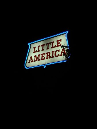 Little America Hotel and Resort 사진