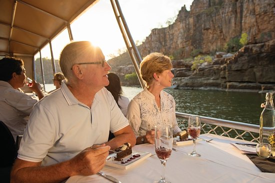 Katherine, Australia: Nabilil Dreaming Sunset Cruise at Nitmiluk National Park