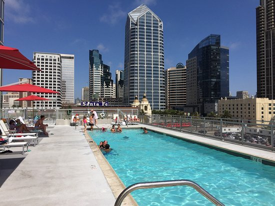 SpringHill Suites San Diego Downtown/Bayfront: 5th Floor Pool And Patio  Area   SpringHillSuites