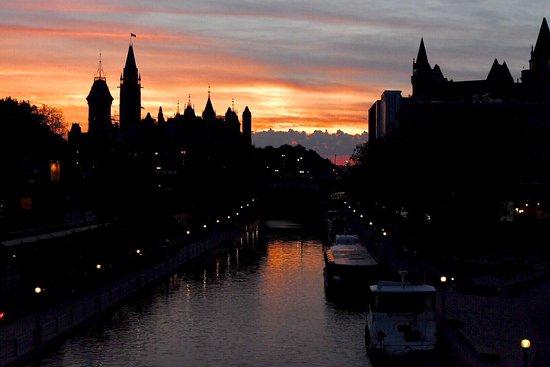 Ottawa, Canada: Rideau Canal and Parliament