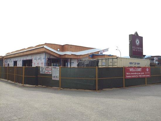 Kelowna Inn & Suites: photo1.jpg