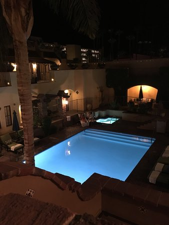 Andreas Hotel & Spa: Pool area at night