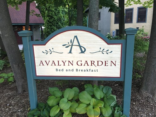 Avalyn Garden Bed and Breakfast: photo1.jpg