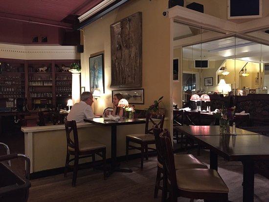 Bentleys Restaurant : photo1.jpg