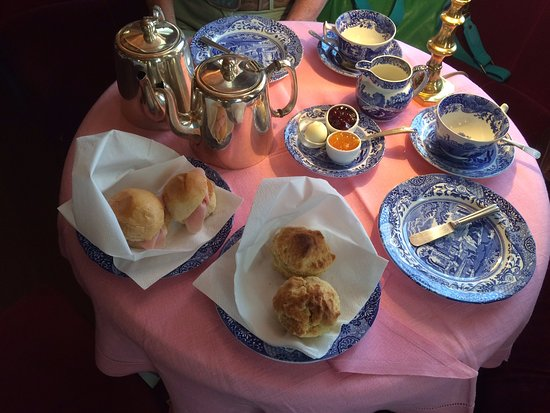Cha Clube: Spode china for the English afternoon tea