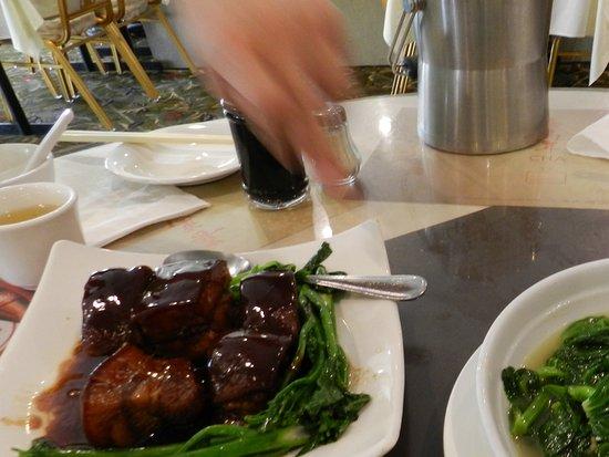 Cha for Tea Palace : 小菜. Pork & Stir fried vegetable