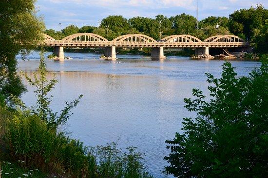 Caledonia bridge picture of caledonia bridge caledonia for The caledonia