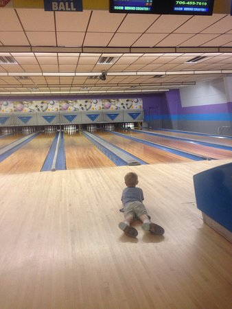 Fannin Lanes Bowling Center