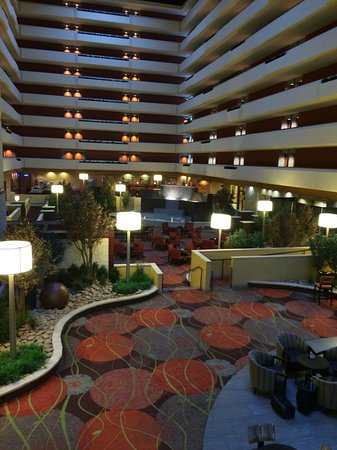 University Plaza Hotel and Convention Center: photo0.jpg