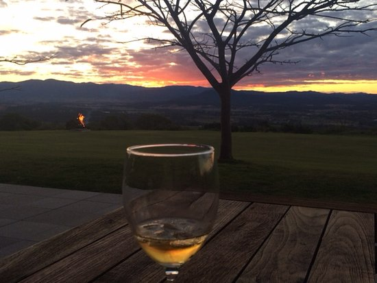 Boonah, ออสเตรเลีย: Amazing sunsets
