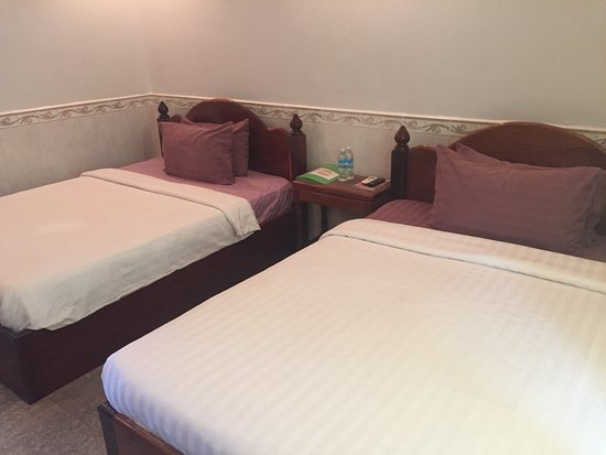 River Village Manor: Deluxe twin (can sleep upto 4 people)