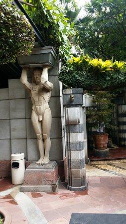 Babylon Bangkok: È  spettacolare