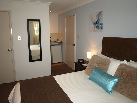 Baudins of Busselton: Guest Room-Superior contemporary comfort