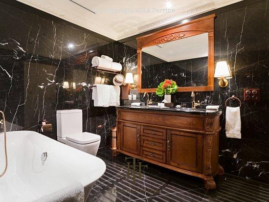 Best Western Premier Terrace Hotel: Heritage Bathroom
