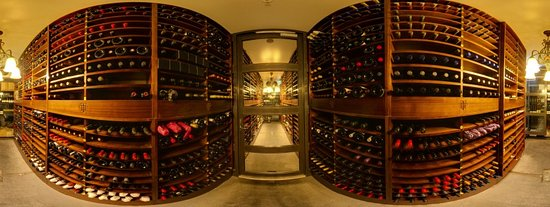Best Western Premier Terrace Hotel : Wine Cellar