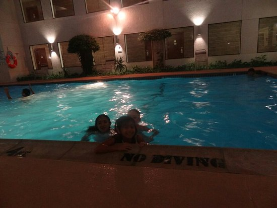 Artesia, NM: Kids enjoying indoor pool
