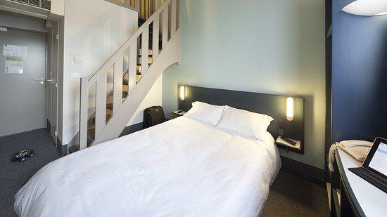 b b hotel lens noyelles godault france voir les tarifs 40 avis et 18 photos. Black Bedroom Furniture Sets. Home Design Ideas