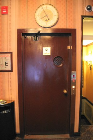 Hotel 17 Photo