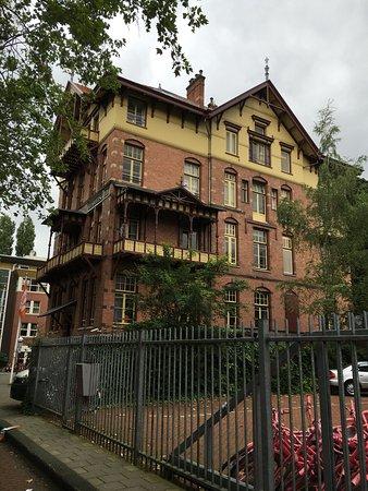 Stayokay Hostel Amsterdam Vondelpark: photo1.jpg