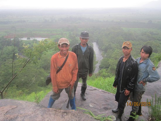 Paksong, Laos: 4 friendly local guides