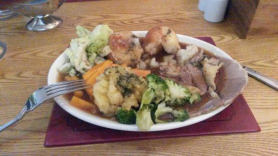 Charlton Kings, UK: Sunday Roast Lamb.......