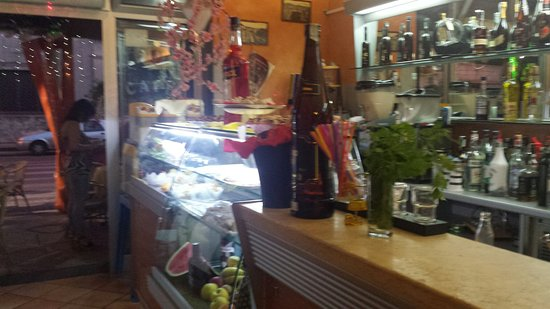 Scafati, Italie : Caffè E Vagne