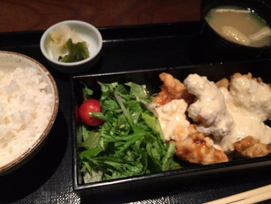 Yakitori no Hachibei Roppongi Hills: Fried chicken lunch set