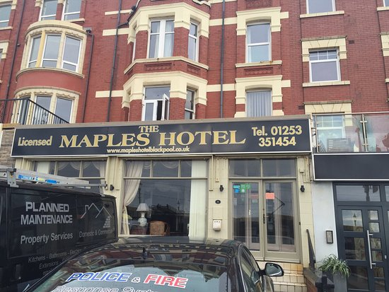 Maples Hotel: Outside view