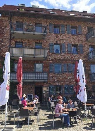 Neustrelitz, Alemania: Live Am Hafen