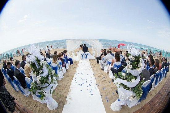 Matrimonio Spiaggia Sabaudia : 2016 06 11 0575 marina e pietro large.jpg picture of oasi di kufra