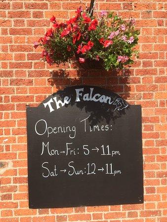Hinstock, UK: Opening times