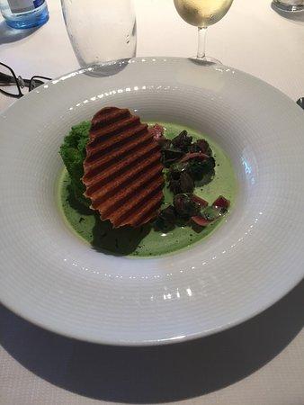 Altwiller, Francia: Les entrées sont recherchées le cuisinier est inspiré et les équilibres gustatifs bien réussis.