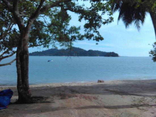 Vikri Beach Resort Pangkor: IMG_20160802_162929_large.jpg