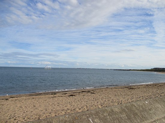 Newbiggin-by-the-Sea, UK: This was the view from the bedroom
