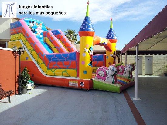 Almassora, Espanha: Juegos infantiles para eventos y banquetes