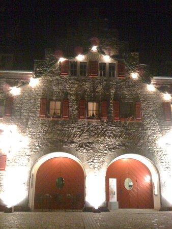 Frickenhausen, Germany: Aussenansicht am Abend