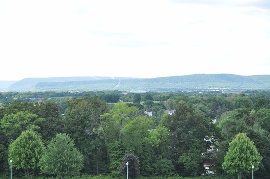 National Civil War Museum: Spectacular views from atop the mountain
