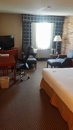 Holiday Inn Express Toronto East: 20160807_145035_large.jpg